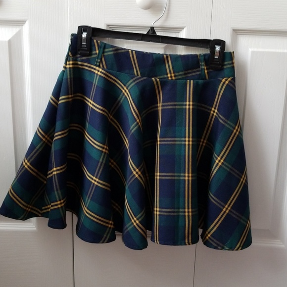 Dresses & Skirts - Blue, green & yellow plaid mini skirt